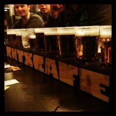 Rits Café is er voor de echte studenten! Iedereen is welkom voor een lekker,koud biertje!