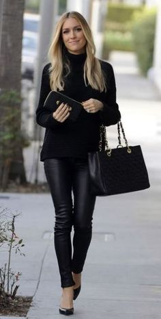 00cf6431229 20 Ways To Wear Leather Leggings With Your Outfit