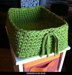 Trapillo rectangular Crochet Home, Love Crochet, Crochet Yarn, Cotton Cord, Fabric Yarn, T Shirt Yarn, Doilies, Sewing Crafts, Decorative Boxes