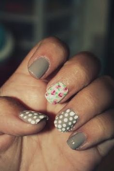 grey floral nail design
