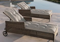 Beaumont Sunlounger by Manutti » Archipro