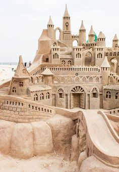 Riddle's Sandcastle is in The Dreaming and Changing Worlds.