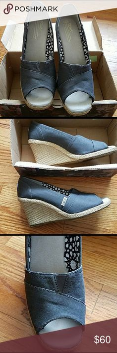 NWT TOMS new still in box gray toms. size 7.5 TOMS Shoes Heels