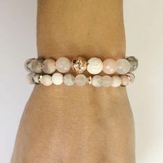 Raw Crystal Necklace, Crystal Beads, Pink Zebra, Pink Grey, Diy Jewelry Inspiration, Jewelry Ideas, Beaded Jewelry, Beaded Bracelets, Aromatherapy Jewelry