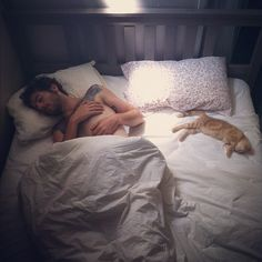 getoutoftherecat: at least he doesn't steal the covers. Hot guys with kittens! Crazy Cat Lady, Crazy Cats, I Love Cats, Cute Cats, Neko, Men With Cats, Hot Guys Tattoos, Perfect Love, Cat People