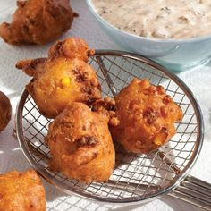 cajun cooking These Crawfish and Corn Beignets are the ultimate Mardi Gras treat. Try them with gumbo and Cajun bread pudding during Carnival. Crawfish Recipes, Cajun Recipes, Seafood Recipes, Appetizer Recipes, Cooking Recipes, Appetizers, Donut Recipes, Crawfish Beignets Recipe, Crawfish Bread