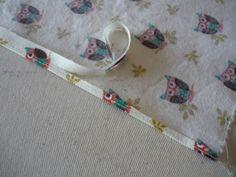 Sewaholic Cloth Napkin Tutorial  (use for small rolled hem tutorial)
