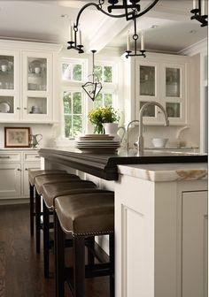 Great countertop details - Luxury Homes@tracypillarinos Houzz.com - Kitchens