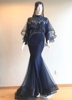 New dress hijab bridesmaid brukat ideas Muslimah Wedding Dress, Muslim Wedding Dresses, Dresses To Wear To A Wedding, Muslim Dress, Prom Dresses With Sleeves, Wedding Hijab, Hijab Gown, Hijab Dress Party, Trendy Dresses