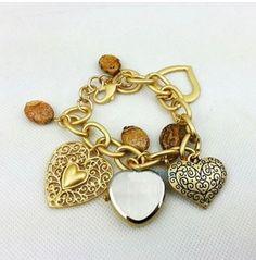 Pronta Entrega Relógio Berloque c/ corações dourado - Feminino pulseira - estilo Bracelete - Produto Importado - Moda Atual
