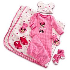 Disney Minnie Mouse Welcome Home Set for Baby - Personalizable Disney Baby Clothes, Cute Baby Clothes, Baby Disney, Minnie Mouse Nursery, Baby Mouse, Baby Shower Gifts, Baby Gifts, Baby Store, Baby Girl Fashion