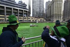 Chicago River turns green to mark Saint Patrick's Day 2014 - Americas - World - The Independent