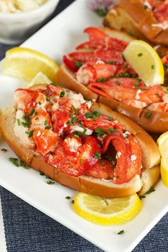 Super easy and ready in minutes with just a few ingredients, Classic Lobster Rolls just like you find in New England! The perfect meal for summer. | @suburbansoapbox