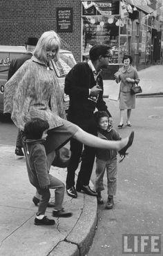 Sammy Davis Junior, Mai Britt and children