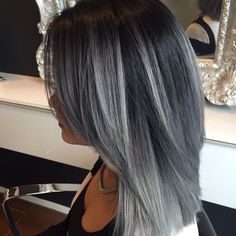 #ShareIG Wauw, dit is pas Hairforce!!! @naomiarielx is dé topper die dit gemaakt heeft. #Affinage #Gothic #Hairforce #kapper #color #grey #grijs #stunning #infiniticolor #Infiniti #Groningen #trots!