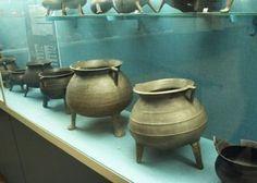 Copper alloy pots, medieval photo malmgryder1_middelalder.jpg