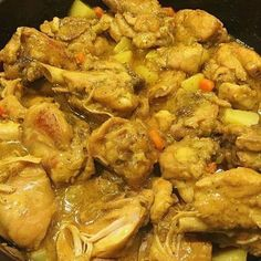 Jamaican Curry Chicken is rich, spicy and hearty with great flavor. Jamaican Curry Chicken is one of the favorite dishes of Jamaicans. Jamaican Cuisine, Jamaican Dishes, Jamaican Recipes, Jamaican Oxtail, Chicken Breast Curry, Jamaican Curry Chicken, Caribbean Curry Chicken, Trinidad Curry Chicken, Yummy Recipes
