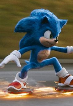 Based on the global blockbuster videogame franchise from Sega, Sonic the Hedgehog tells the story of the world's speediest hedgehog as he. Sonic The Hedgehog, Hedgehog Movie, Sonic Fan Characters, Cartoon Characters, Sonic The Movie, Nintendo Sega, Kawaii Faces, Evil Geniuses, Sonic And Amy
