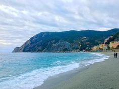 Monterosso Beach Cinque Terre . . . . . . #travel #vacation #photography #instatravel #travelgram #travelphotography #discover #adventure #explore #worldtraveller #wanderlust #viaje #viajar #viaggio #viagem #travelphoto #travelpics #travelblog #travelblogger #blog  #beach #beachlife #mediterranean #water #sea #italy #italia #cinqueterre #lpfanphoto #lppathfinders