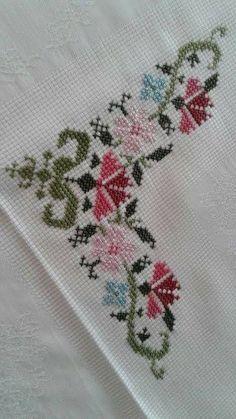 Süreyya Burgul's media content and analytics Cute Cross Stitch, Cross Stitch Borders, Cross Stitch Alphabet, Cross Stitch Flowers, Cross Stitch Designs, Cross Stitching, Cross Stitch Embroidery, Cross Stitch Patterns, Hand Embroidery Design Patterns