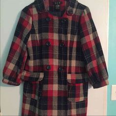 "Anthropologie 213 plaid coat Euc medium Worn only 3 times , acrylic wool mix 19"" pit to pit Anthropologie Jackets & Coats Pea Coats"