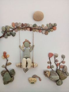 Wall decorations made of pebbles. - Wall decorations made of pebbles. Art of stones made using imagination. Stone Crafts, Rock Crafts, Arts And Crafts, Art Crafts, Caillou Roche, Art Rupestre, Art Pierre, Rock Sculpture, Stone Sculptures