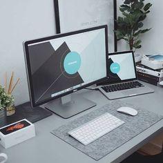Setup by: @ultralinx #minimal #minimalsetups #workspace