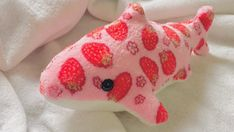 Cute Stuffed Animals, Dinosaur Stuffed Animal, Cute Animals, Kawaii Plush, Clowns, Pink Aesthetic, Plushies, Oeuvre D'art, Aesthetic Pictures