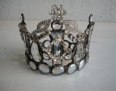 beautiful altered crown by the amazing Lori Gutierrez