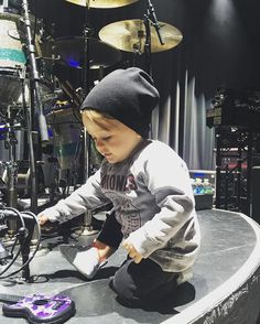 Via Zach: ...my lil birthday boy figuring @bkerchofficial's drums #ZachMyers #Shinedown   Barry Kerch Brent Smith Eric Bass Shinedown Shinedown Nation Shinedowns Nation Zach Myers