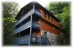 Newly remodeled, Smokey Mtn Paradise is a luxurious 4 bedroom cabin in Gatlinburg TN.