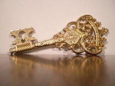 Vintage gold skeleton key
