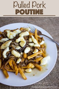 Pulled Pork Poutine with BBQ Gravy Recipe - Poutine made with leftover pulled pork, cheese curds and crispy french fries and covered with BBQ gravy. Pulled Pork Meat, Smoked Pulled Pork, Pulled Pork Recipes, Bbq Pork, Pulled Pork Sides, Barbecue, Poutine Gravy Recipe, Gravy Fries, Canadian Food