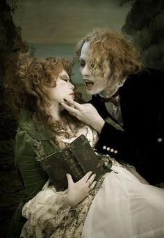 More elegantly creepy artwork. (via vampirical)