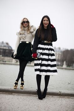 street style in Paris Fashion Week. It´s all about black & cream (and gold, of course!).