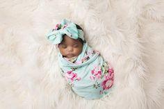 baby swaddles- swaddle blanket- floral swaddle blankets- cute swaddles – poshpeanut.com