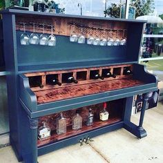 Someone poured their heart and soul into this #homebar, and we dig it! An upright made for mixing drinks is music to our ears. We're glad this beautiful piano didn't wind up in the junk yard. Here's to making beautiful melodies and shakin' up delicious cocktails! Cheers!