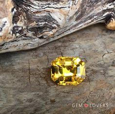 Натуральный желтый сапфир 8,25 ct, с экспертным заключением МГУ! В наличии! Natural unheated yellow sapphire 8,25 ct - is available!  #gemlovers_sapphire #yellowsapphire #sapphirering #gem #gemstone #jewelry #highjewelry #exclusive #engagement #wedding #драгоценности #кольцо #ювелирка #украшение #помолвка #стиль #роскошь #королевский #orangesapphire #yellowsapphire #yellowsapphirering #yellowsapphires #corundum #alternativeengagementring #goldensapphire #fieldtrip #Srilanka