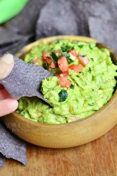 This is one amazing guacamole recipe that will have you reaching for a spoon instead of chips! As much as I love getting creative and sharing original and unique recipes, I also love to make classics. Guacamole is one of my favorite classic dips. It's ready in about five minutes, it's healthy and deeeelicious! I've …