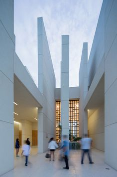 Gallery of 100 Walls Church / CAZA - 4