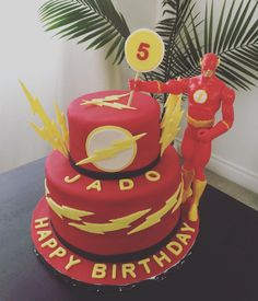the flash cake Flash Birthday Cake, Harry Birthday, Superhero Birthday Cake, 6th Birthday Parties, Birthday Bash, Superhero Party, Bolo Flash, Flash Cake, Justice League Cake