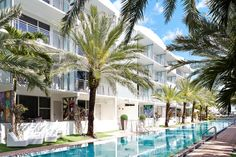 National Hotel Miami Beach: Nestled in South Beach's celebrated Art Deco neighborhood, this oceanfront resort evokes cinematic elegance, boasting 116 newly designed city and direct ocean view guestrooms in its Historic Tower. #Miami #Hotels