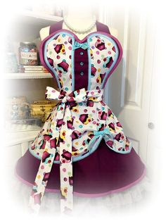 Cupcake Diva pin up girl style apron womens aprons by mimisneedle