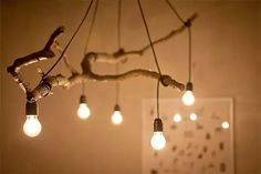 Holzdeko selber machen, Baumast als Lampe verwenden, Zweig mit Licht