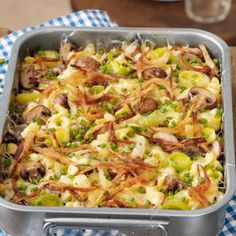 Pork Recipes Cheese spaetzle with mushrooms Healthy Eating Tips, Healthy Cooking, Cooking Kale, Cooking Pumpkin, Cooking Tips, Pork Recipes, Crockpot Recipes, Cheese Spaetzle, Spaghetti Recipes