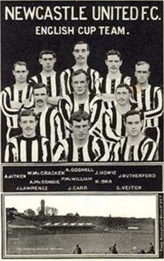 NEWCASTLE UNITED F.C. English Cup, Newcastle United Football, St James' Park, Fa Cup Final, North East England, Football Kits, Team Photos, Retro, Army