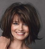 would LOVE to do this with my hair. wonder if i could pull it off like Paulina Porizkova (BIG sigh) ~~~ Mom Hairstyles, Pretty Hairstyles, Medium Hair Styles, Curly Hair Styles, Haircut And Color, Layered Hair, Layered Bobs, Great Hair, Hair Today