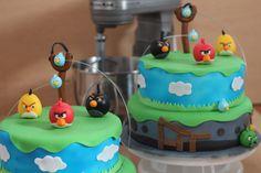 Angry Birds Cake  www.mocka.co  #mocka #pasteleria #ponque #angrybirds #torta #pastel #cake #cakeshop