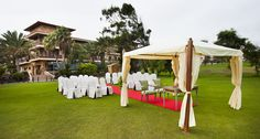 Marry me at golf course. Fuerteventura golf club, Canary  Islands. Spain