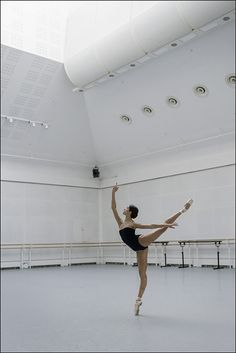 Ballet Pictures, Dance Pictures, Dance It Out, Just Dance, Dancer Photography, Dance Dreams, Ballerina Project, Ballet Dancers, Ballerinas